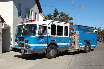 Cape May Point Engine 5830 2008 KME Predator 2000-1000 Photo by Chris Tompkins