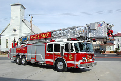 Cape May Tower 51-54 2004 E-One 95' Photo by Chris Tompkins