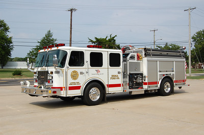 Erma Engine 6231 2001 E-One Cyclone II 1500-1000-10A Photo by Chris Tompkins