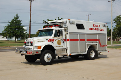 Erma Rescue 6297 1996 International - E-One Photo by Chris Tompkins