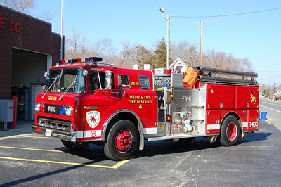 Goshen Engine 7430 1989 Ford 8000-FMC 1000-1000 Photo by Chris Tompkins