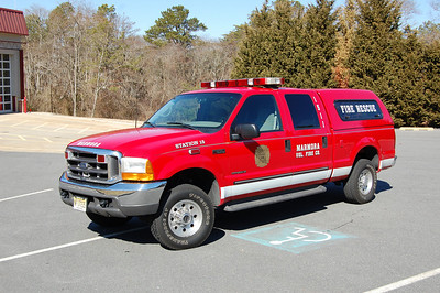 Marmora Utility 1511 1999 Ford F250 Photo by Chris Tompkins