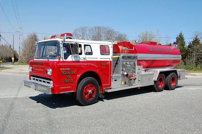 Ocean View Tanker 1744 1978 Ford800-EPI 1000-2300 Photo by Chris Tompkins