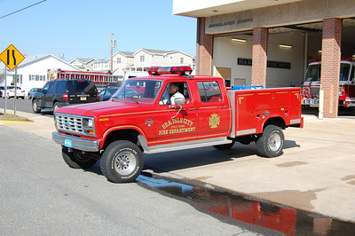 Sea Isle City Utility 1096 1985 Ford F350-Reading Photo by Chris Tompkins