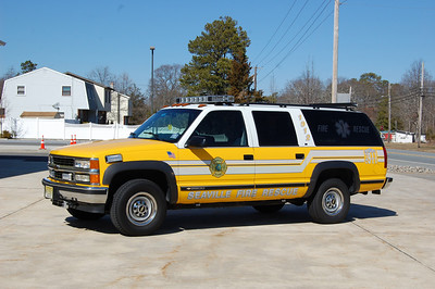 Seaville Command 1912 1996 Chevy Surburban Photo by Chris Tompkins