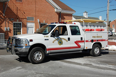 Stone Harbor Utility 1311 2003 Ford F250-Reading Photo by Chris Tompkins