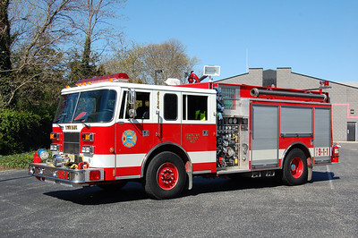 Town Bank Engine 6134 1994 Pierce Saber 1250-1000 Photo by Chris Tompkins