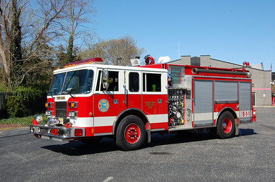 Town Bank Engine 6133 1994 Pierce Saber 1250-1000 Photo by Chris Tompkins