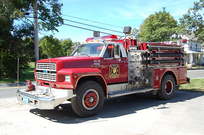 Tuckahoe Engine 2038 1984 Ford-800 -Grumman 1000-600