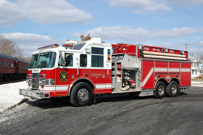 Tuckahoe Pumper Tanker 2040 2003 Pierce Dash 2000-3000 Photo by Chris Tompkins