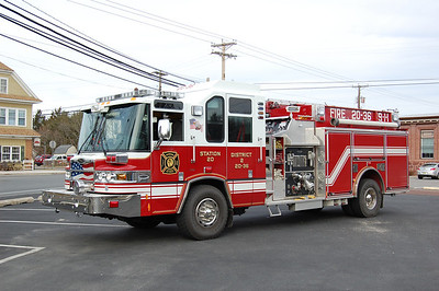 Tuckahoe Engine 20-36 2009 Pierce Quantum 2000-2000 Photo by Chris Tompkins