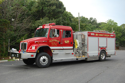 Villas Rescue 698 2003 Freightliner-ALF 1250-500 Photo by Chris Tompkins