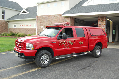 Villas Utility 611 2003 Ford F350 Photo by Chris Tompkins