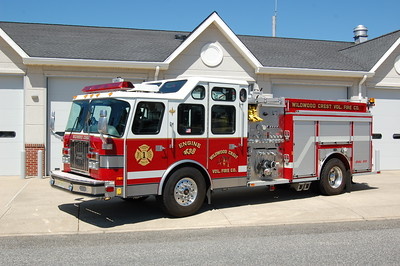 Wildwood Crest Engine 438 2000 EOne Cyclone II 1500-750-30A Photo by Chris Tompkins