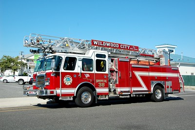 Wildwood Engine 38 2014 E-One 2000-500-78' Photo by Chris Tompkins