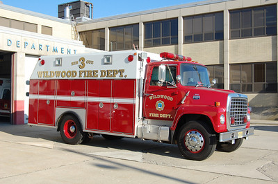 Wildwood Rescue 3 1984 Ford 700-RSI Photo by Chris Tompkins
