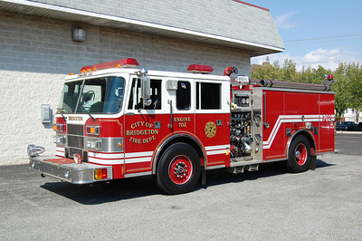 Bridgeton Engine 702 1995 Pierce Saber 1250-750 Photo by Chris Tompkins