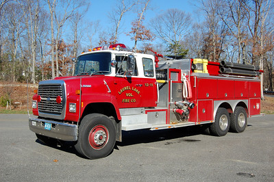 Laurel Lake of Commercial Township Tanker 13-11 1990 Ford L9000-E-One 1250-2500 Photo by Chris Tompkins