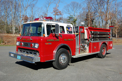 Laurel Lake of Commercial Township Engine 13-02 1985 Ford 8000 - E-One 1000-1000 Photo by Chris Tompkins