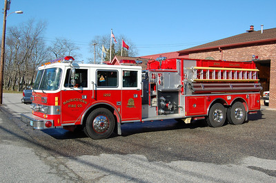 Mauricetown of Commercial Township Tanker 12-02 1991 Pierce Arrow 1250-2500 Photo by Chris Tompkins