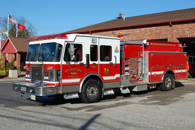 Mauricetown of Commercial Township Engine 12-01 1997 Spartan - 3D 1500-1000 Photo by Chris Tompkins