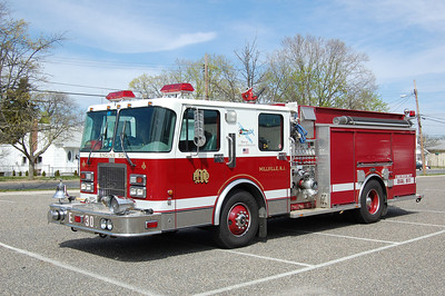 Millville Engine 30 1998 Spartan - Luverne 1750-1000 Photo by Chris Tompkins