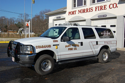 Port Norris of Commercial Township Command 1150 2004 Ford Excursion Photo by Chris Tompkins