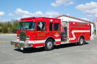 Seabrook Engine 32-02 2001 Spartan - Marion 1500-1000 Photo by Chris Tompkins