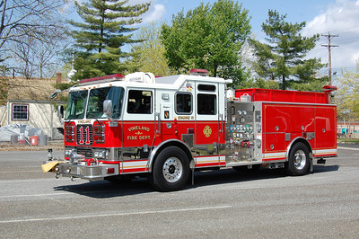 Vineland Engine 11 2006 Seagrave 1500-750 Photo by Chris Tompkins