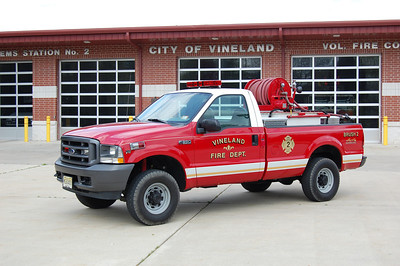 Vineland Brush 2 2004 Ford F350 150-350 Photo by Chris Tompkins