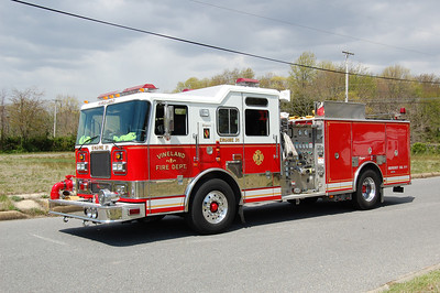 Vineland Engine 31 2003 Seagrave 1500-750 Photo by Chris Tompkins