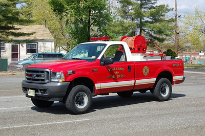 Vineland Brush 6 2004 Ford F350 150-350 Photo by Chris Tompkins