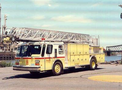 Newark T-8 (1988)