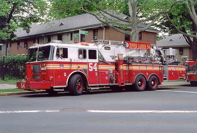 FDNY TL-54 (2005)