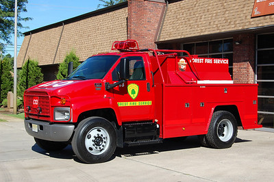 NJ Forest Fire C-13 2005 GMC C8500 - Reading  250-1000