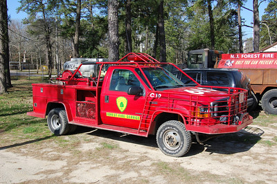 NJ Forest Fire C-19 2000 Ford F350 Omaha Photo by Chris Tompkins