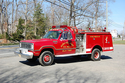 Aura section of Elk Twp Brush 39-15 1976 Dodge Powerwagon-Hamerly 250-300 Photo by Chris Tompkins