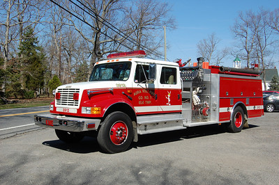 Aura Section of Elk Twp, Engine 39-12 1991 International-KME 1250-1000 Photo by Chris Tompkins