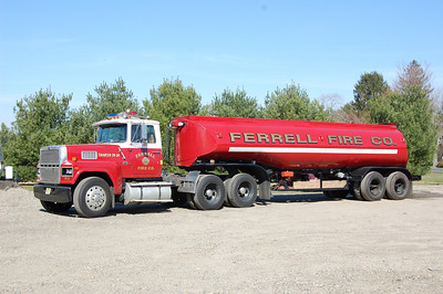 Ferrell section of Elk Twp, Tanker 39-24 1985 Ford 9000-1965 Fruehaue 250-7000 Photo by Chris Tompkins