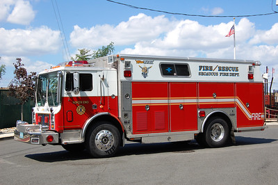 Secaucus Old Rescue 1 1987 Mack MC-Saulsbury Photo by Chris Tompkins