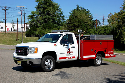 Secaucus Squad 1 2009 GMC Sierra - Knapheide Photo by Chris Tompkins