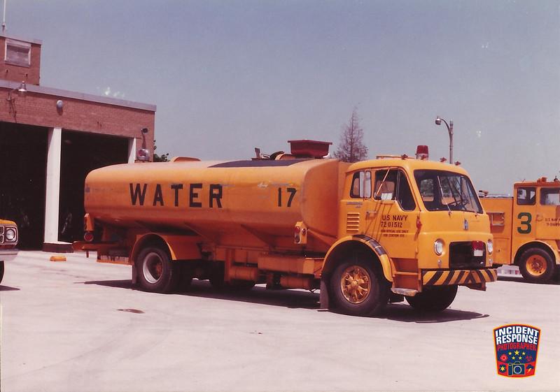 NAS Glenview Fire Division Tanker 17