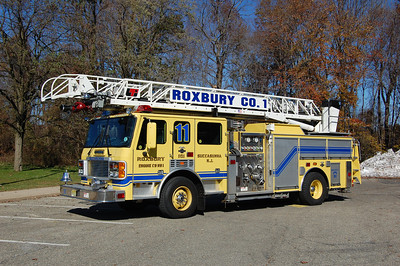 Roxbury Quint 11 1999 ALF Metropolitan-LTI 1500-400-75' Photo by Chris Tompkins