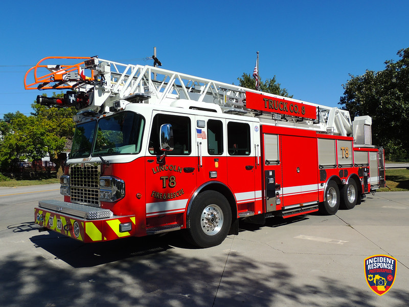 Lincoln Fire & Rescue Ladder Truck 8