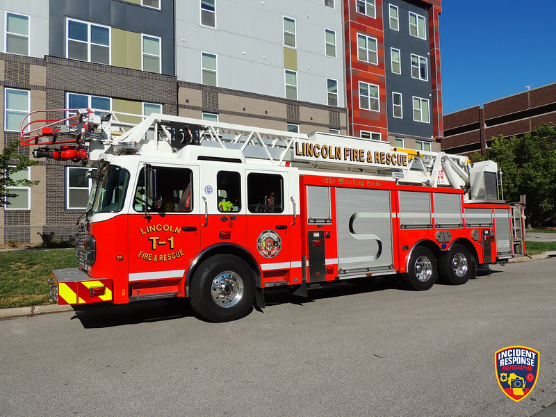 Lincoln Fire & Rescue Ladder Truck 1