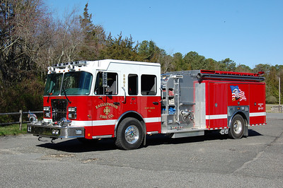Eagleswood Engine 5201 2010 Spartan-Marion 1500-1000-40A Photo by Chris Tompkins