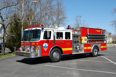 Tuckerton Engine 5001 1990 Ottawa - EEI 1500-800 Photo by Chris Tompkins