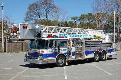 West Tuckerton Tower 7105 1987 Spartna LTI 1500-300-85' Photo by Chris Tompkins