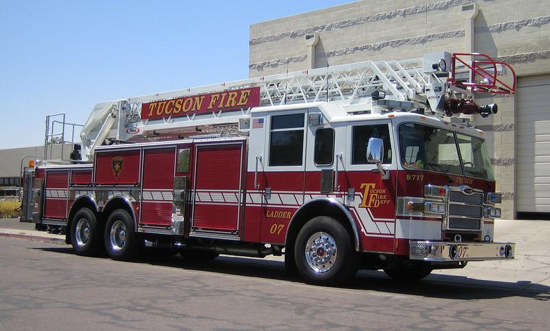 Other arizona fire apparatus brettsfirephotos tucson l7 2008 pierce dash 105ft rm 8717 ps freerunsca Choice Image