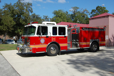 Nassau County Fl, Engine 20 2001 E-One 1250-1000 Photo by Chris Tompkins